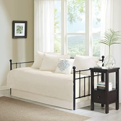 Quebec 6 Piece Daybed Set Ivory Daybed