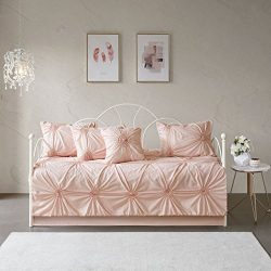 Madison Park Leila Cotton Blend Shabby Chic Design Daybed Quilt Set Blush